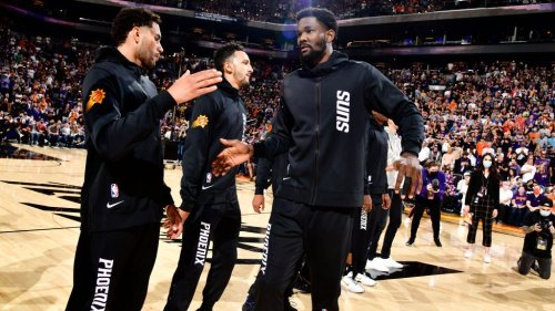 Report: Suns not looking to trade Deandre Ayton