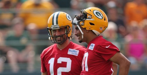 Aaron Rodgers kept Jordan Love in the loop while contemplating his future