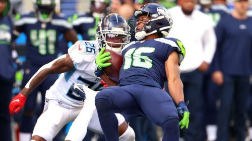 Seahawks, Titans head to overtime