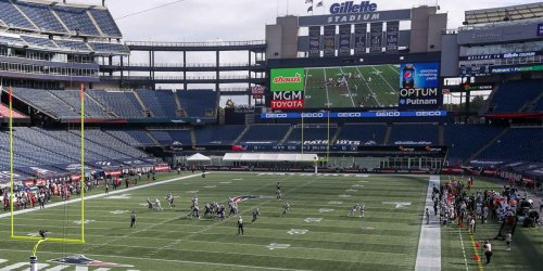 Check out Gillette Stadium's very large new scoreboard
