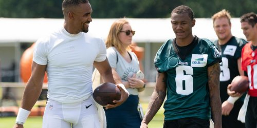 Eagles training camp observations: Deep ball from Hurts to Smith highlights Day 2