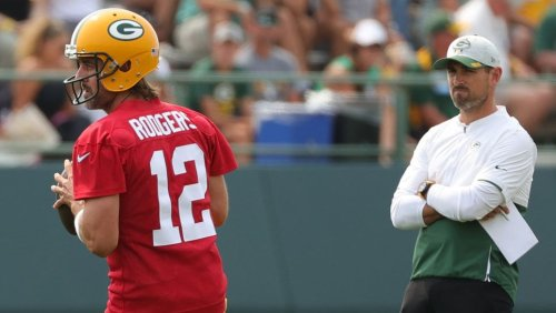 Packers told Aaron Rodgers they'd trade them, and then didn't
