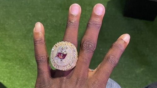 """Tom Brady calls his new Super Bowl ring """"by far the most incredible ring that's ever been made"""""""