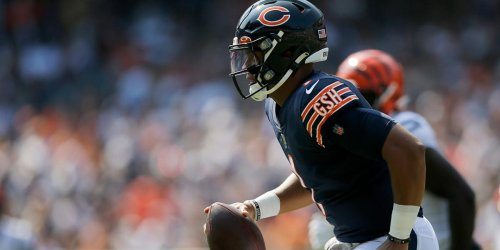 Hoge's First Things: Bears D shines as Fields does enough