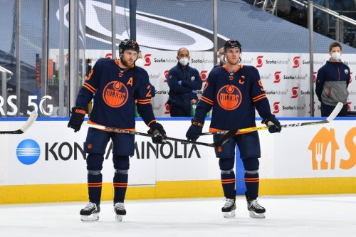Pressure is on Oilers to contend, but they still seem far away