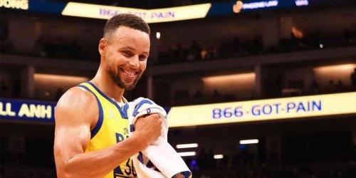 Steph has perfect 'chasing wins' joke after Warriors' 3-0 start