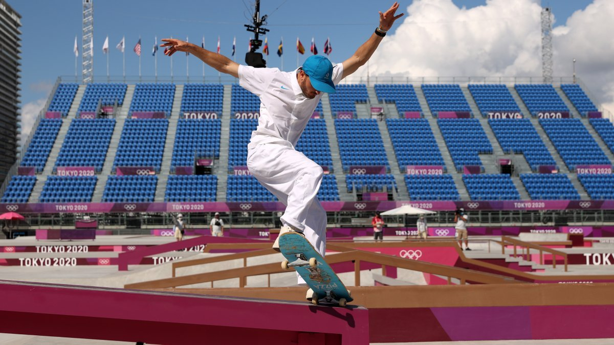The Only Fan: Watching the Olympics From a Nearly Empty Stadium