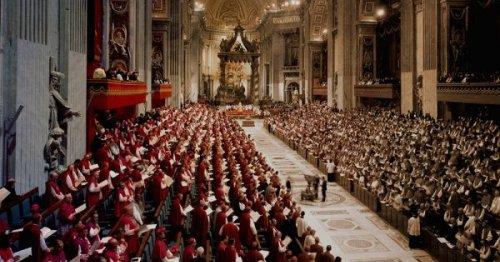 Bishop Robert Barron's 'beige' version of Vatican II