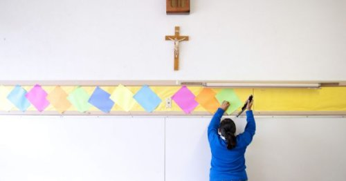 State finds LA public school district kept millions of federal funds from Catholic schools