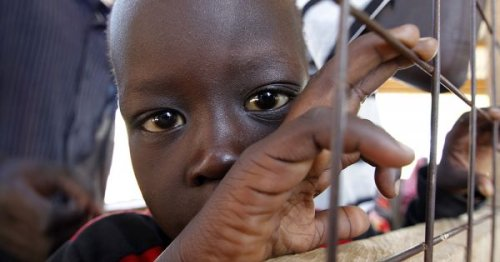 Kenyan bishops urge government to keep refugee camps for now
