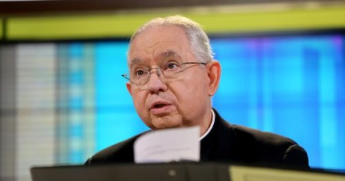 US bishops vote to limit debate on controversial Communion document