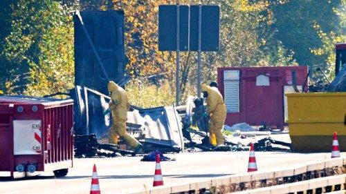 A7 nach Lkw-Unfall Richtung Hamburg für Stunden gesperrt