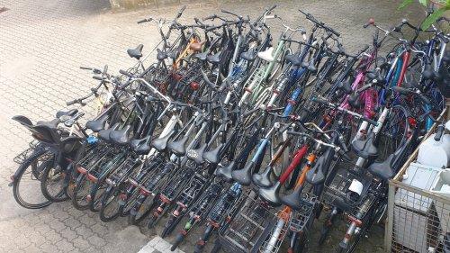 Wedel: Mann bunkert zuhause über 60 gestohlene Fahrräder