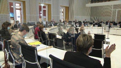 Landtag MV beschließt höhere Gehälter für Beamte