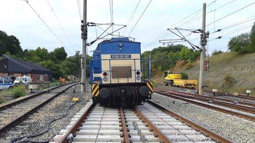 Entgleiste Lok: Schnellfahrstrecke Göttingen-Kassel gesperrt