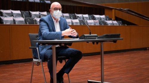 Zu viel verdient? Osterloh sagt in VW-Untreue-Prozess aus