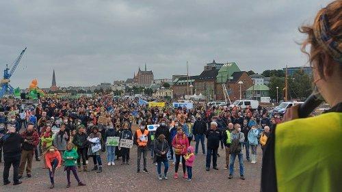 """""""Fridays for Future"""": Mehr als 3.000 bei Klima-Kundgebungen in MV"""