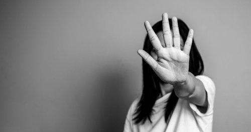 Une jeune fille de 16 ans battue par sa famille pour avoir flirté avec un garçon