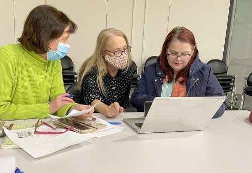 Greek genealogy group gets serious at Coburg library