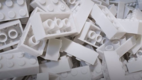 LEGO Prototype Brick Is Made From Recyclable Material - Nerdist