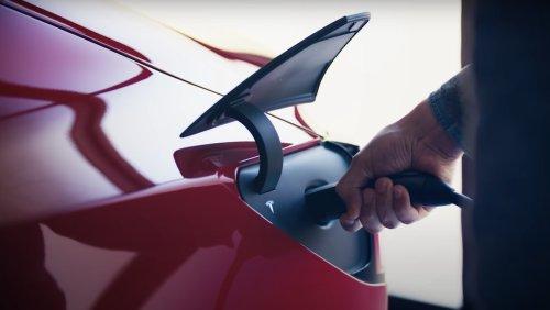 Tesla Cars Respond to 'Butthole' Voice Commands - Nerdist