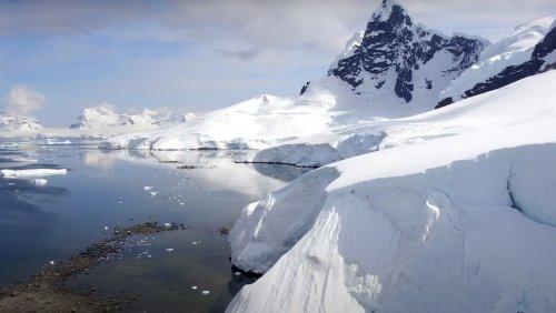 Enjoy Two Relaxing Hours of Ambient 4K Antarctica Footage - Nerdist