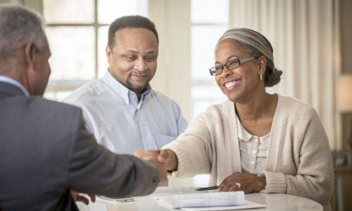 3 Things Minority-Owned Banks Do for America