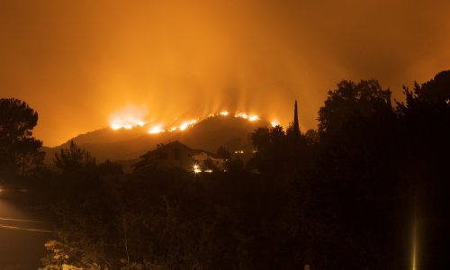 Prepare for Wildfire Season in the Western U.S. - NerdWallet