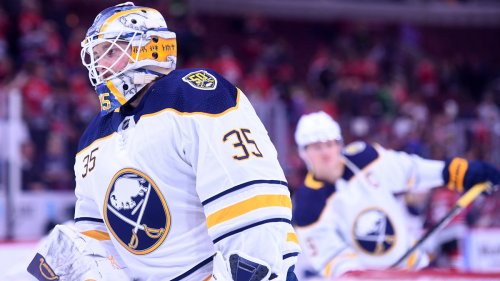 Why Linus Ullmark Text Jeremy Swayman After Signing With Bruins