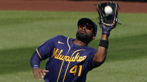 Watch Jackie Bradley Jr. Make First Highlight-Reel Play With Brewers