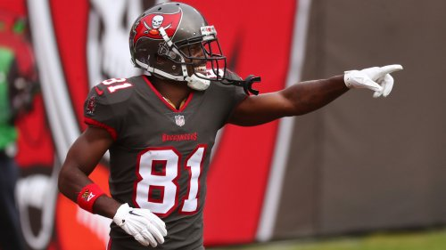 Antonio Brown Rumors: Latest On Possible Reunion With Bucs