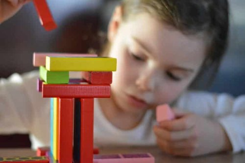 Autism Develops Differently in Girls Than Boys - Neuroscience News