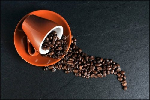 High Coffee Consumption Linked to Smaller Brain Volume and Increased Dementia Risk