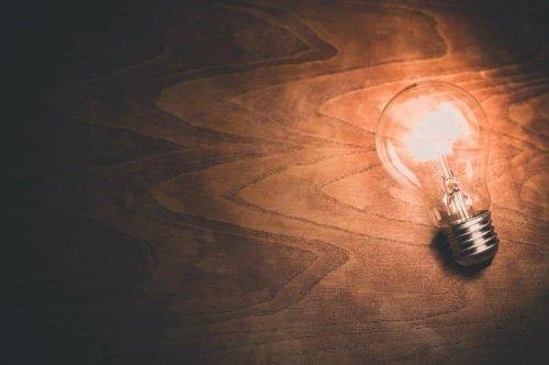 Use Rewards Effectively to Boost Creativity - Neuroscience News