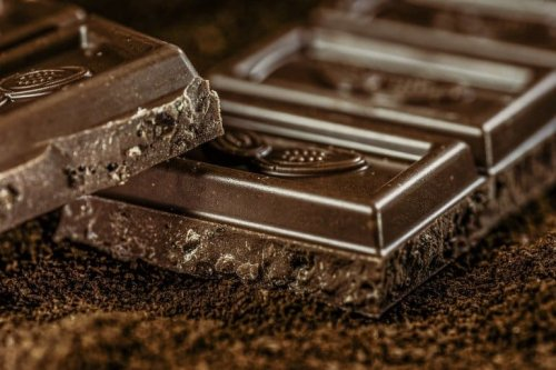 Can Cocoa Consumption Help Us Age Better? - Neuroscience News