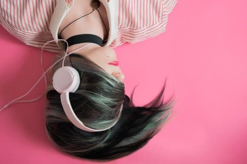 That Song Is Stuck in Your Head, but It's Helping You to Remember - Neuroscience News