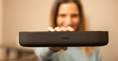 Roku squeezes 4K streaming player into compact soundbar