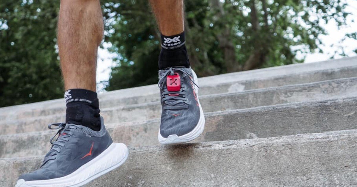 iKinesis is designed to be a shoe-mounted running coach