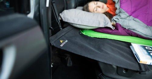Mini hammock turns even the least cooperative SUV into a poor man's RV