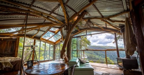 Lionel Buckett's extraordinary treehouse hotel in Australia's Blue Mountains