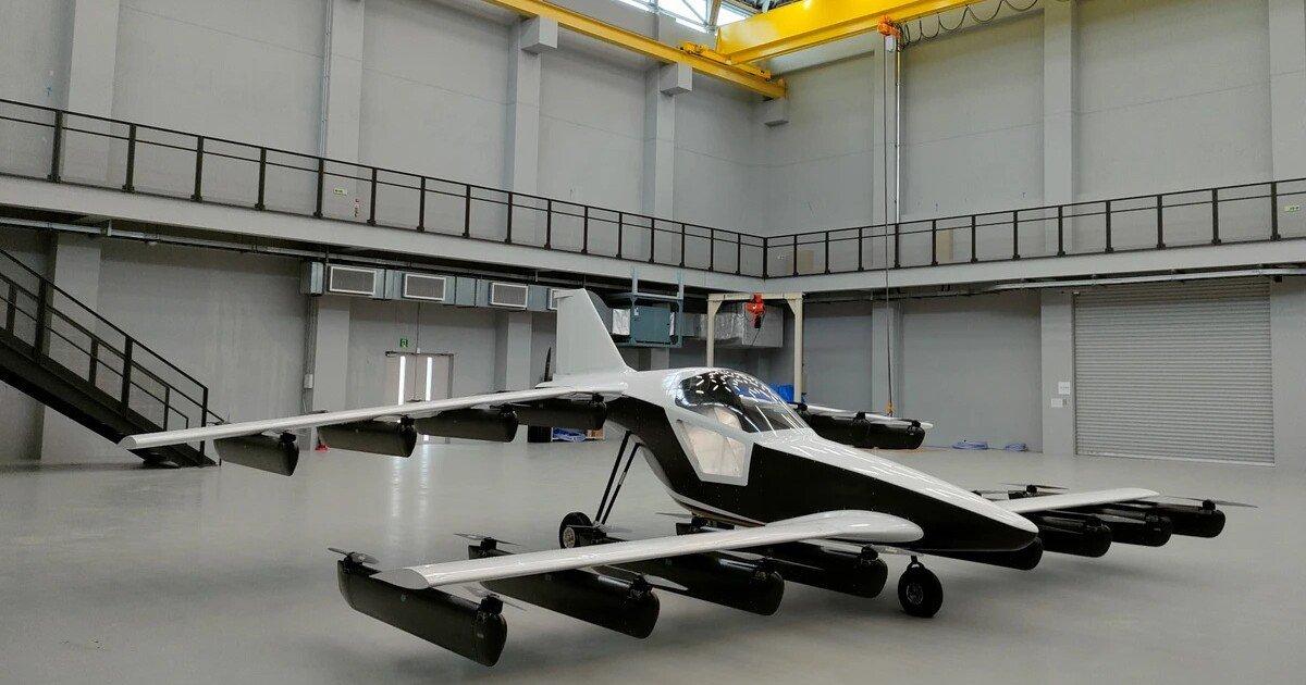 Tetra Aviation debuts single-seat buy 'n' fly personal eVTOL