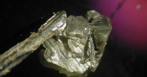 Diamond liquid impurities provide new insights into ancient Earth
