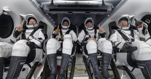 SpaceX's Crew Dragon splashes down, setting record for US spaceflight