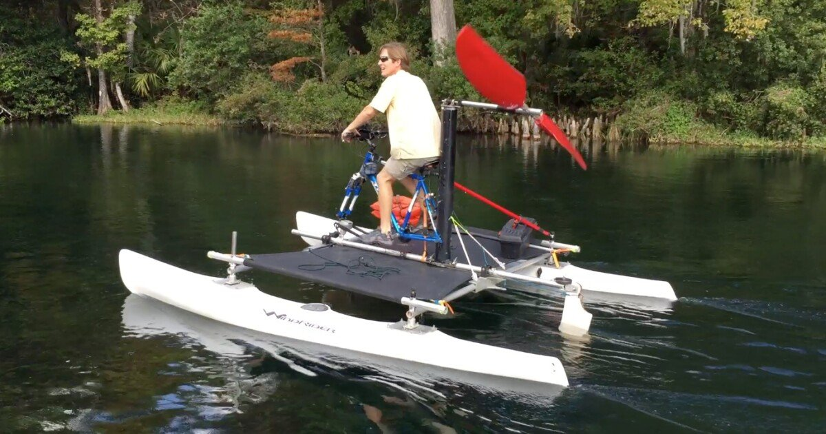 Seahorse incorporates your bike into a human-powered airboat