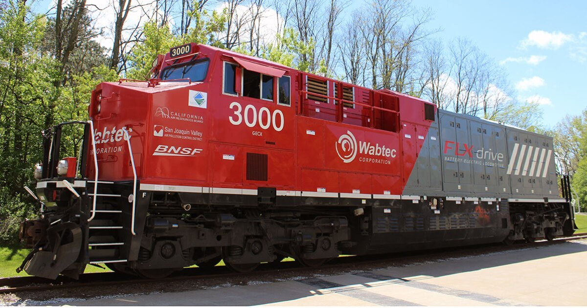 World's first battery-electric locomotive cuts freight train fuel use by 11%