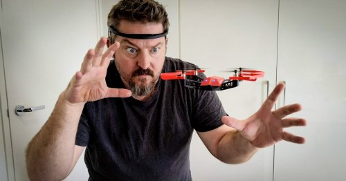 Review: Hands-free flight with EEGSmart's mind-controlled UDrone
