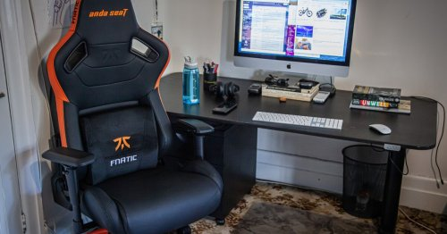 Review: AndaSeat Fnatic Edition treats your butt like a pro gamer's