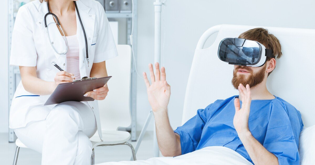 Real-time VR system enhances effect of chronic pain therapy