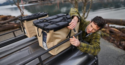 Rux collapsible gear boxes carry essentials to distant base camps