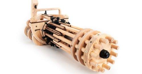 Rubber Band Minigun fires elastics at 200 rounds per minute